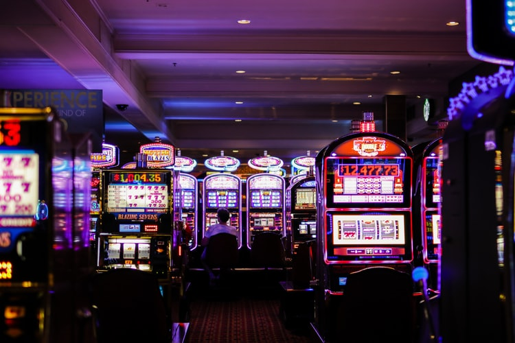 Some Individuals Excel At Online Gambling, And A Few Do Not